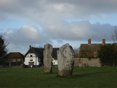 stones avebury